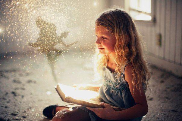 7 фактів про користь читання казок на ніч